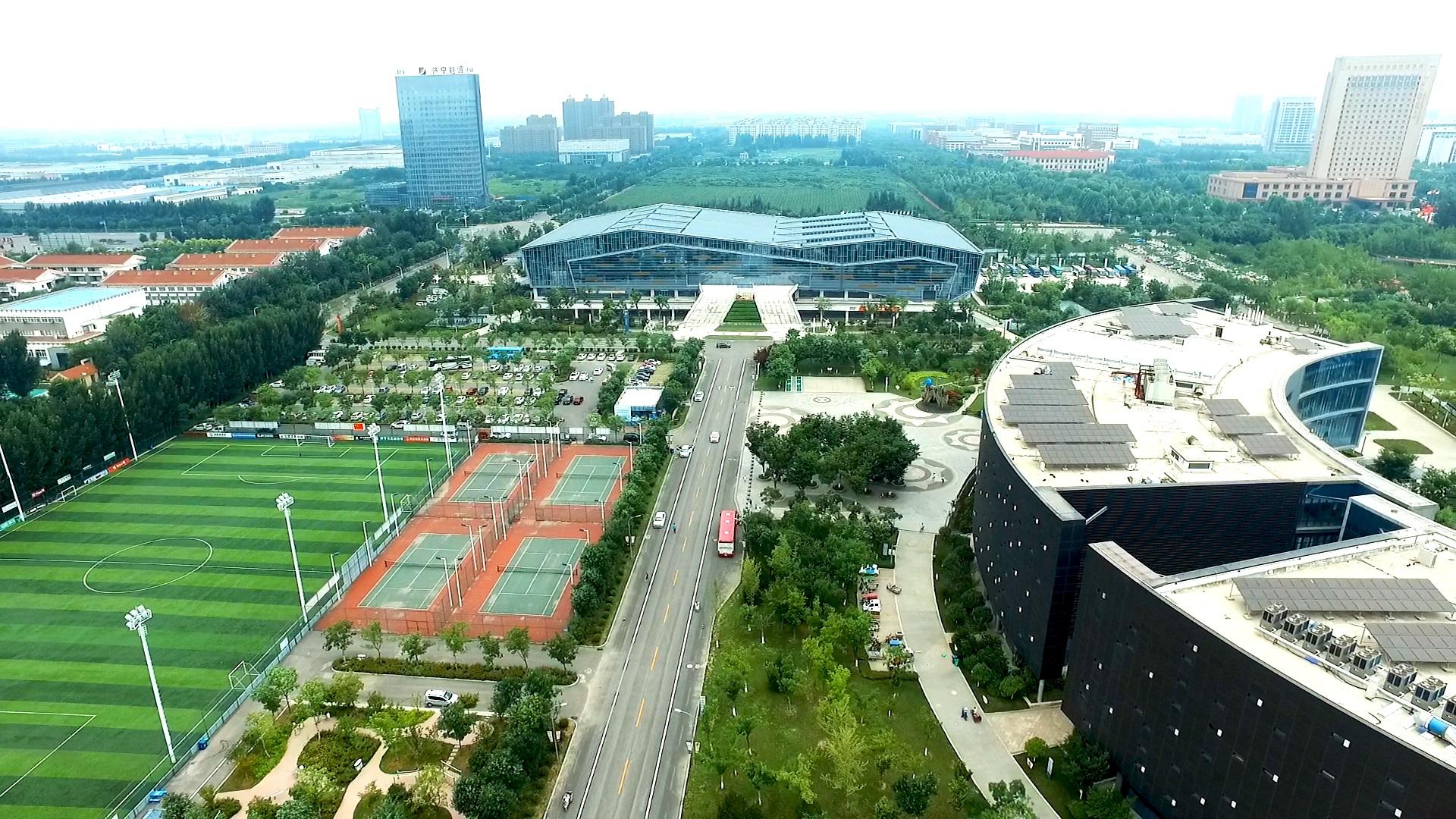 济宁体育馆